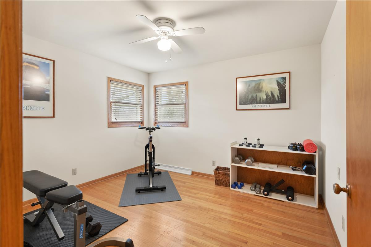 2nd bedroom used as exercise room