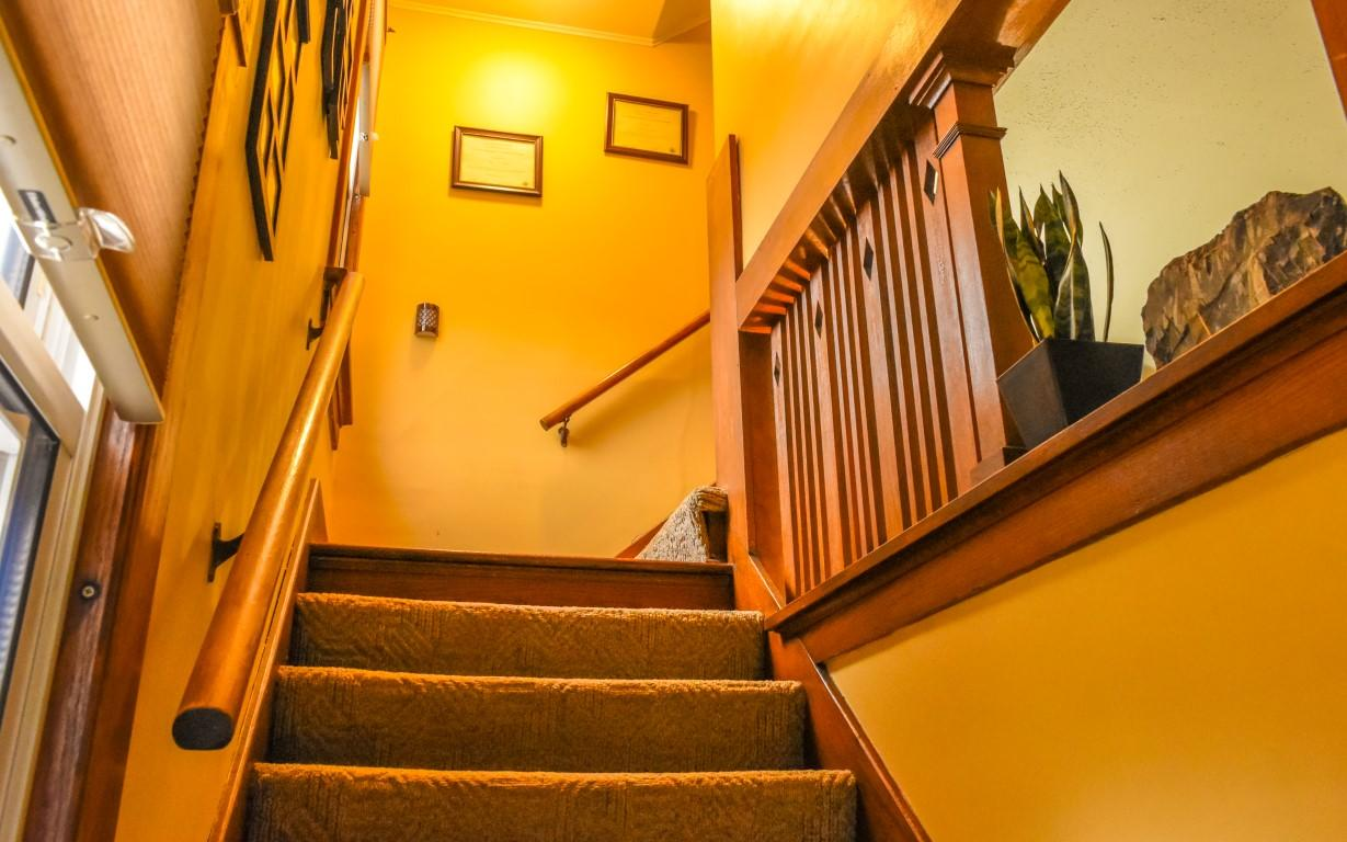 18 - Staircase