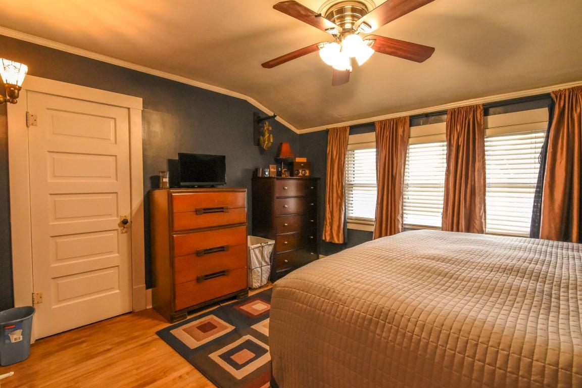 20 - Bedroom1