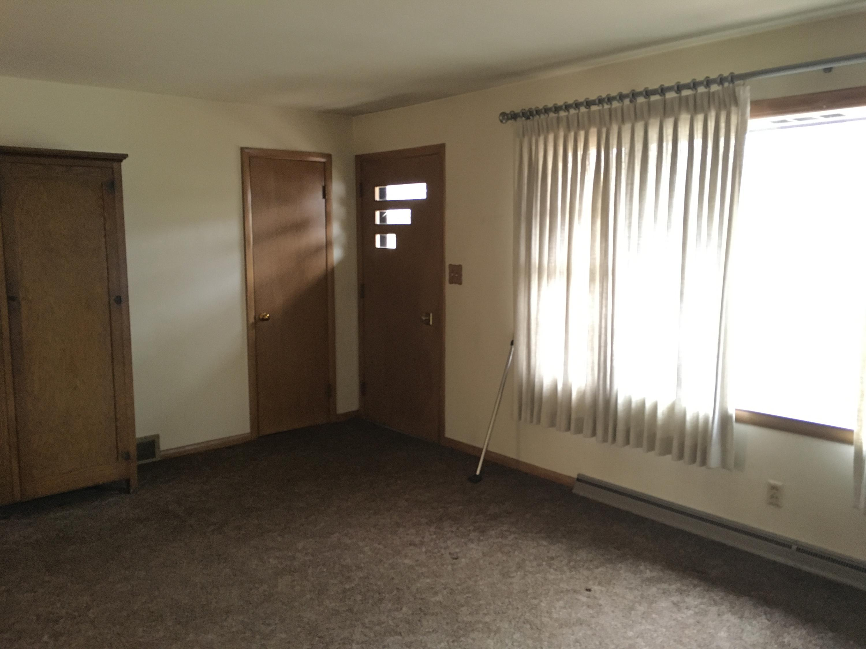 lynwood living room