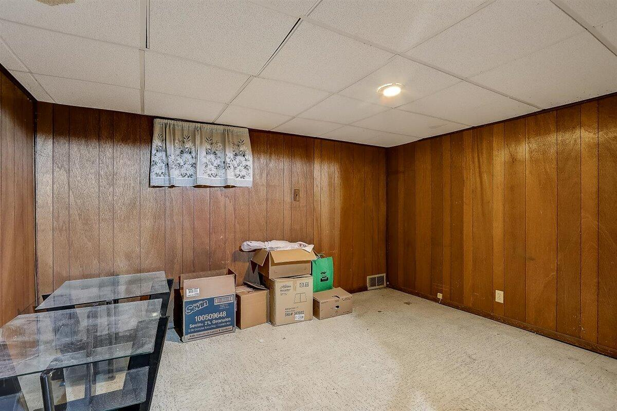 06-N Lydell Ave-006