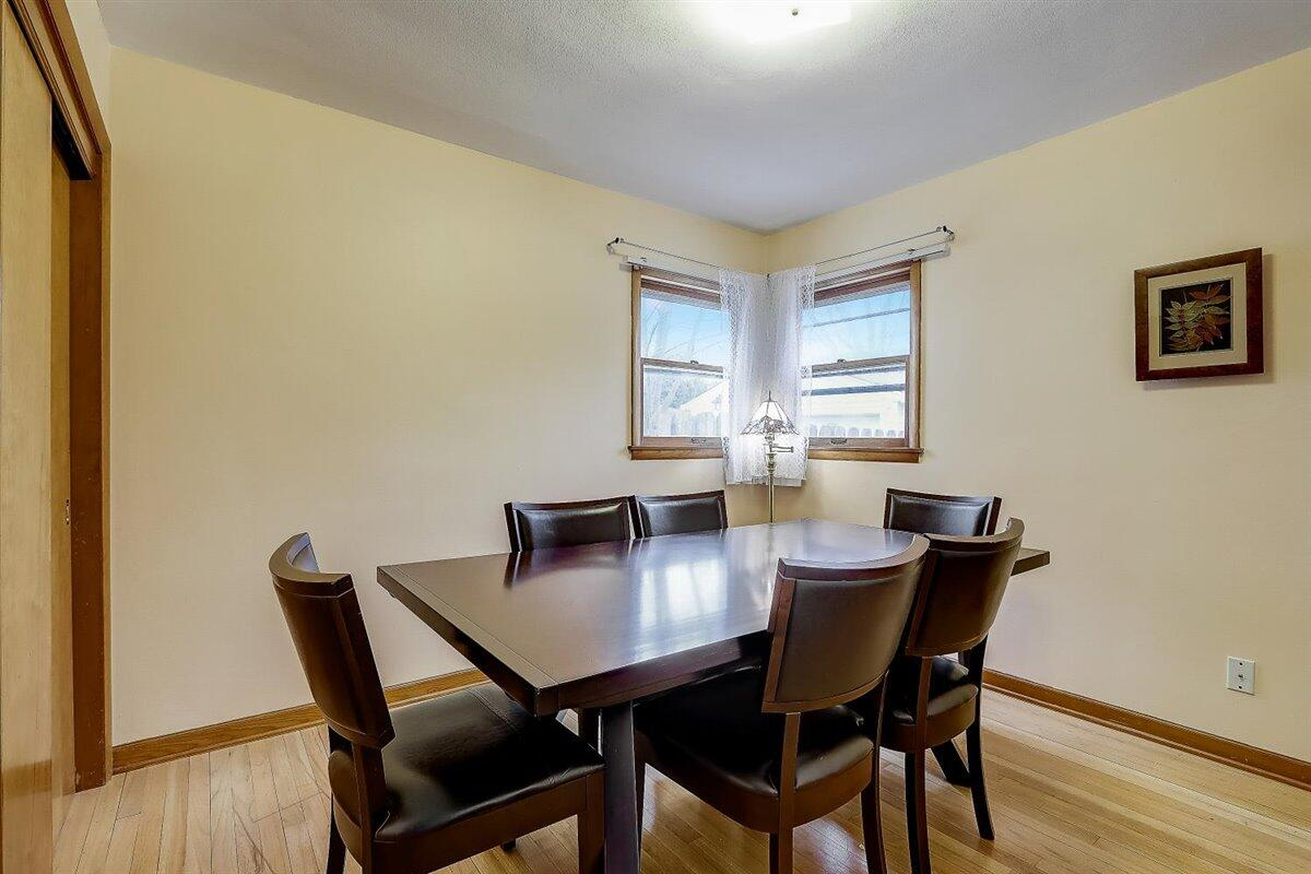 07-N Lydell Ave-007