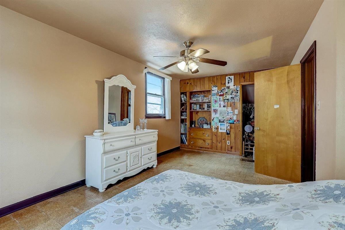 32-N Lydell Ave-032