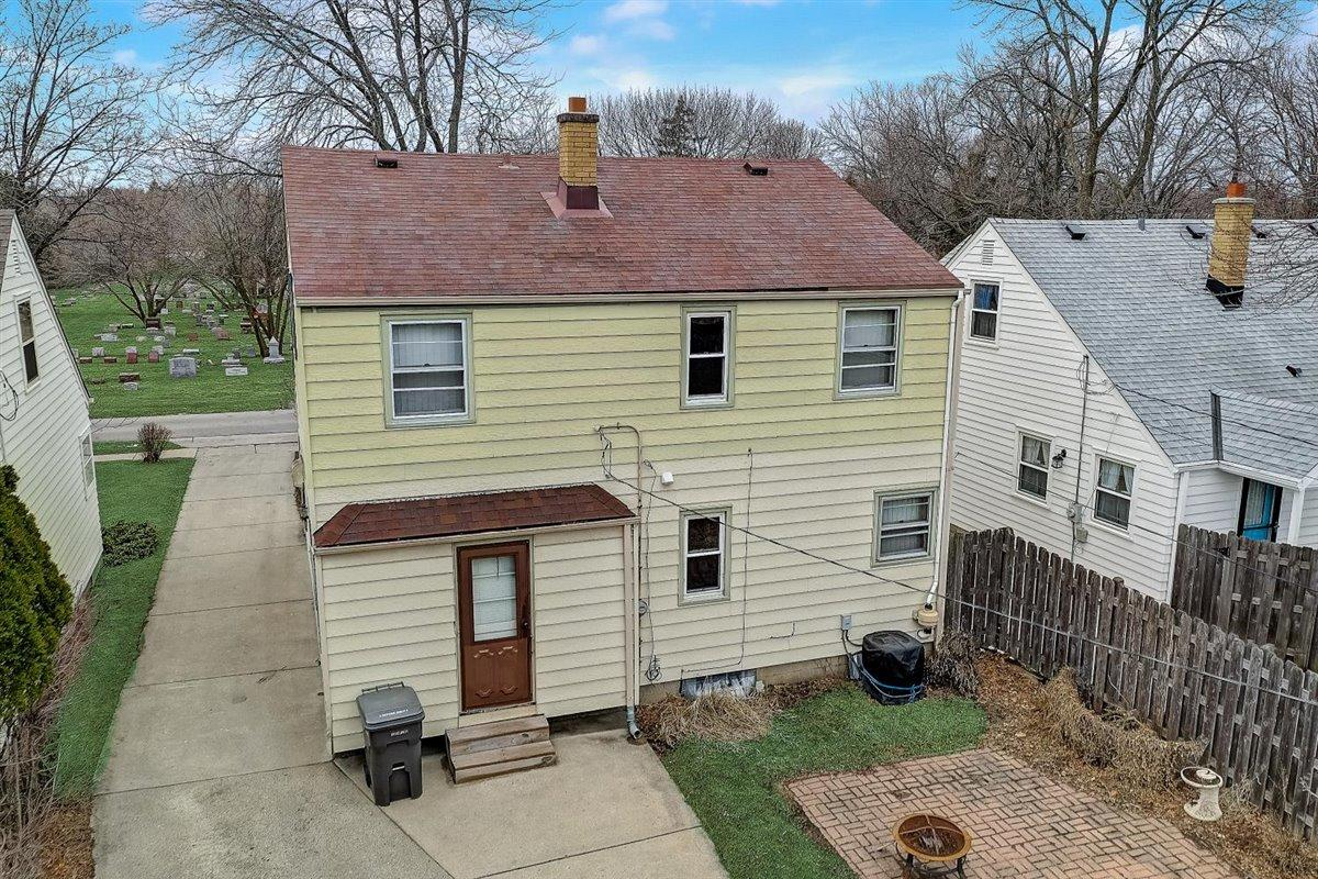 42-N Lydell Ave-042
