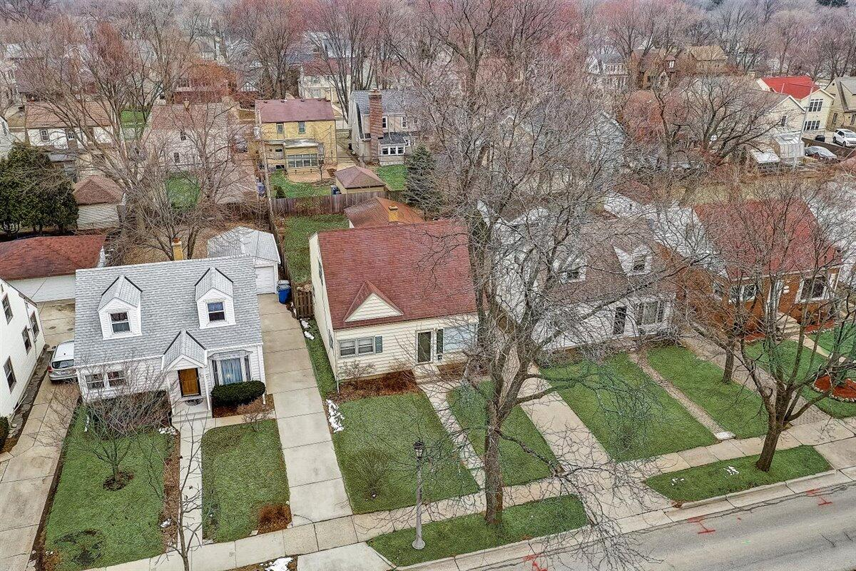 45-N Lydell Ave-045