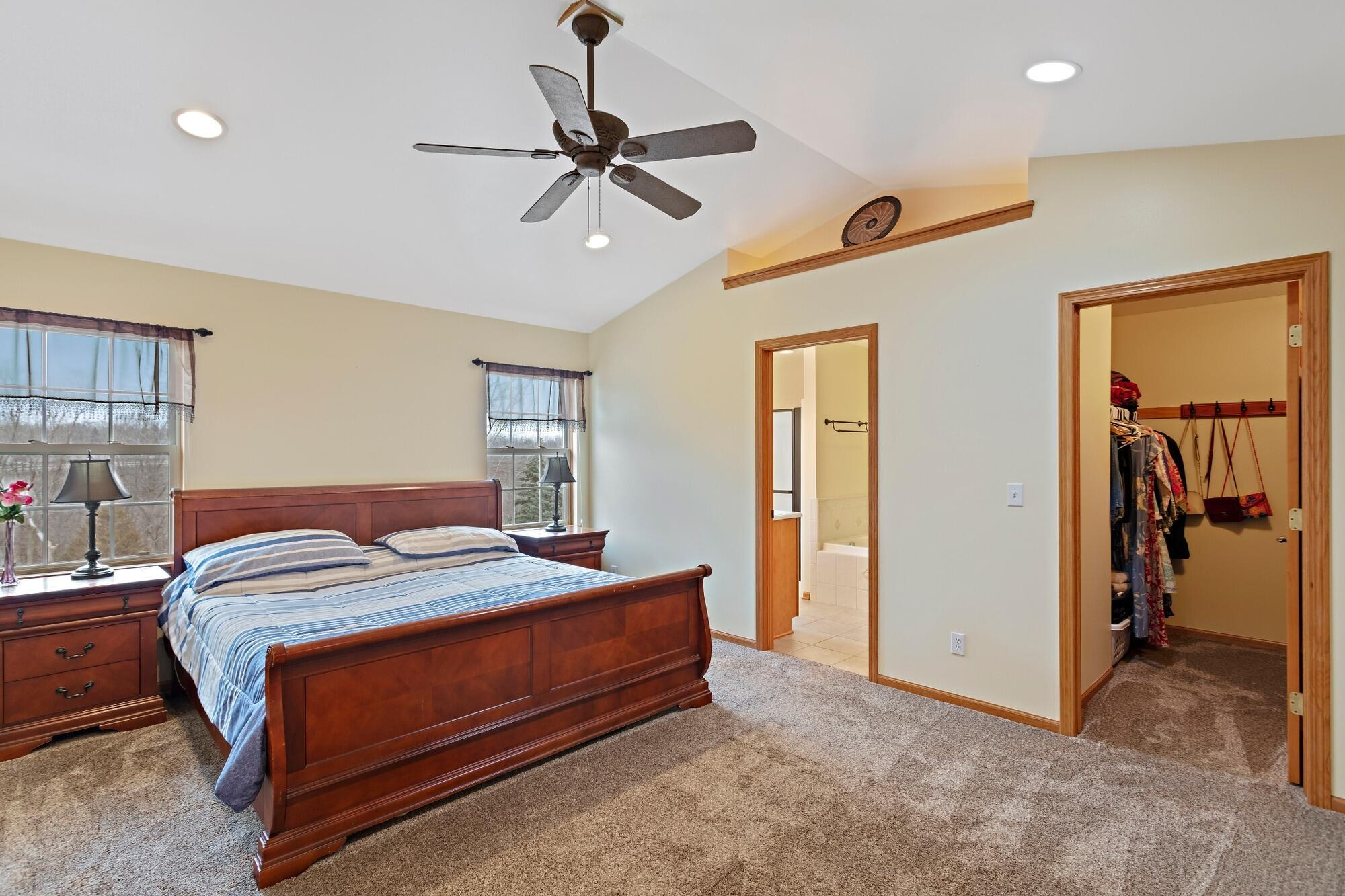Main Bedroom with En Suite and Walk i