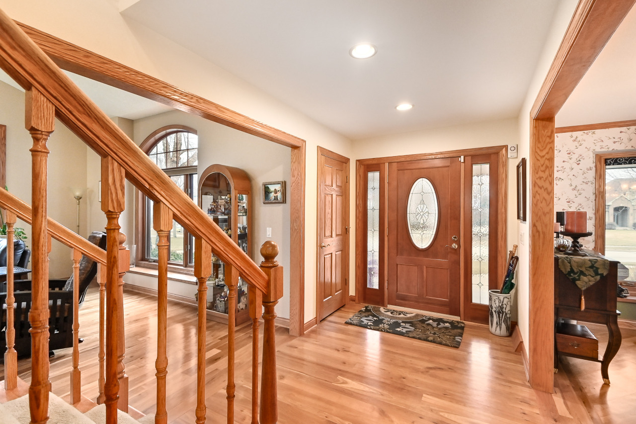 Stunning Entry Foyer