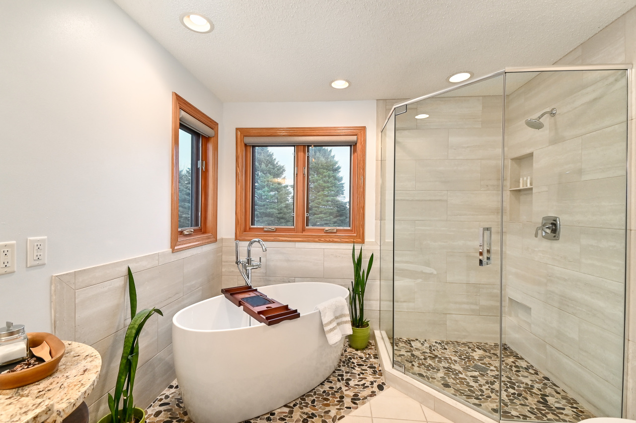Diamond Spa Master Bath