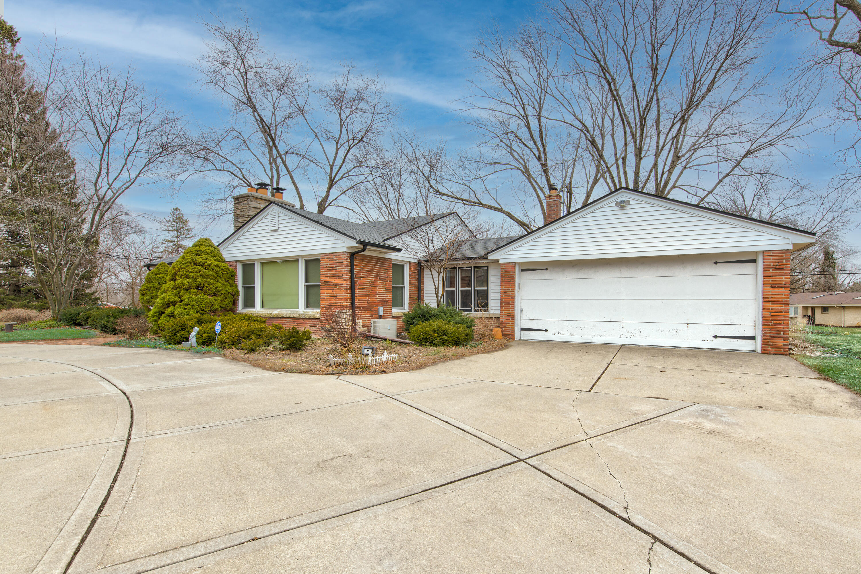 16115 Brentwood Dr-3