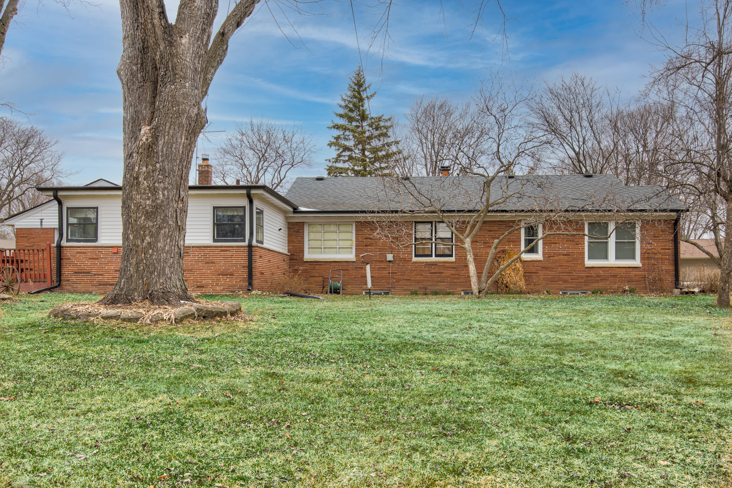 16115 Brentwood Dr-6