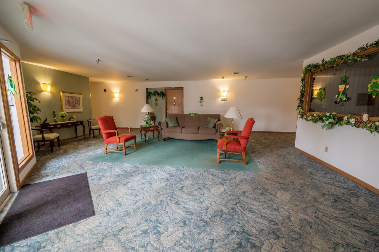 Common 2nd Floor Room