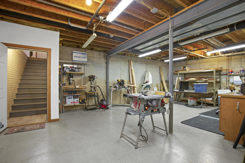 Workroom w/ Garage Access