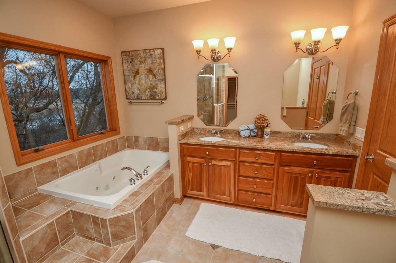 Private Bathroom & WIC