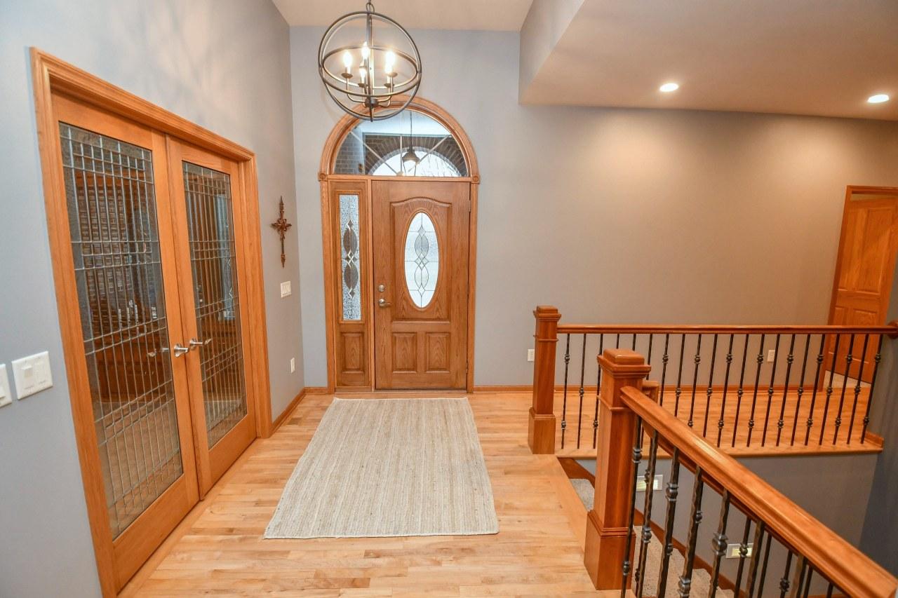 Beautiful Glass Doors - Foyer