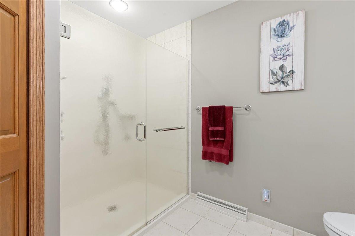 Master bath big walk in shower