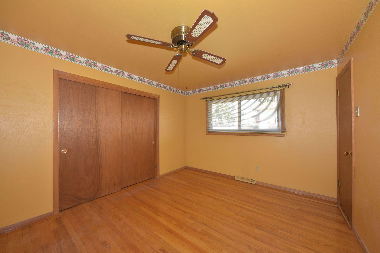 Master Bed Rm true hardwood floors Lexin
