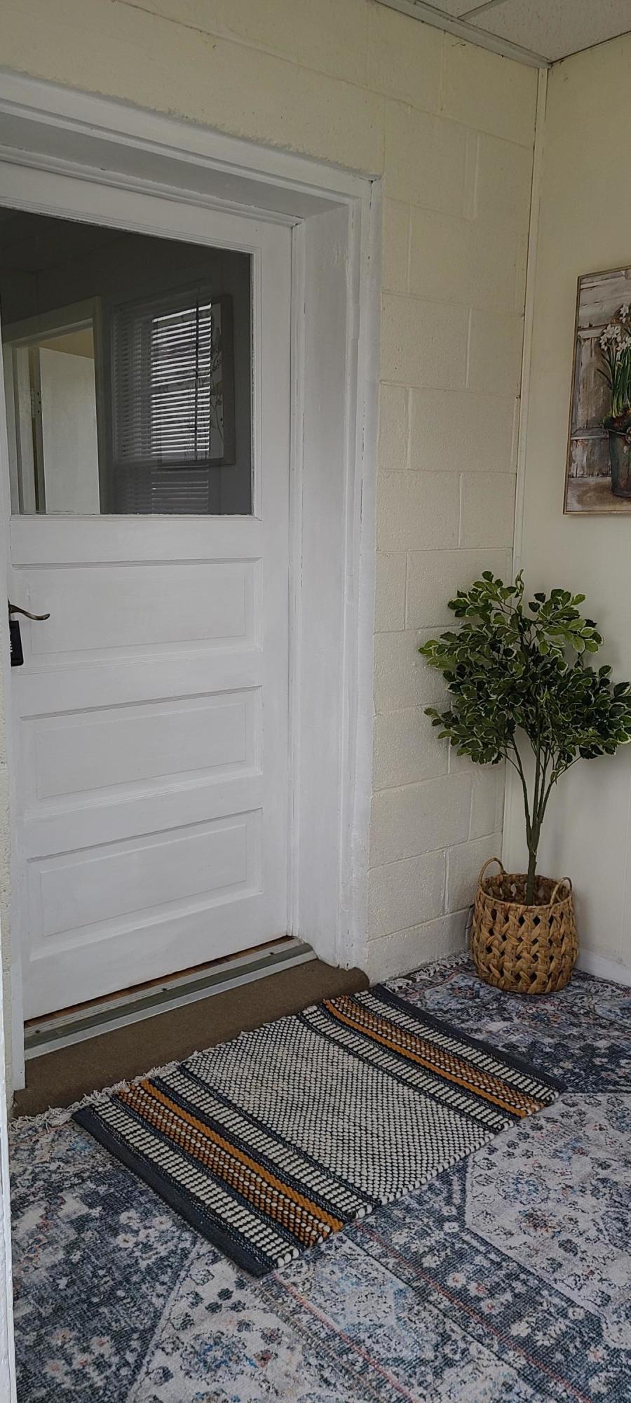 Breezway/Back Door