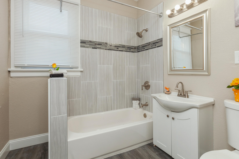 09_2723N5thst_8_Bathroom_HiRes