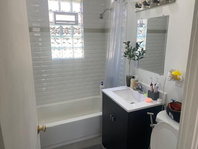 Upper unit full bath