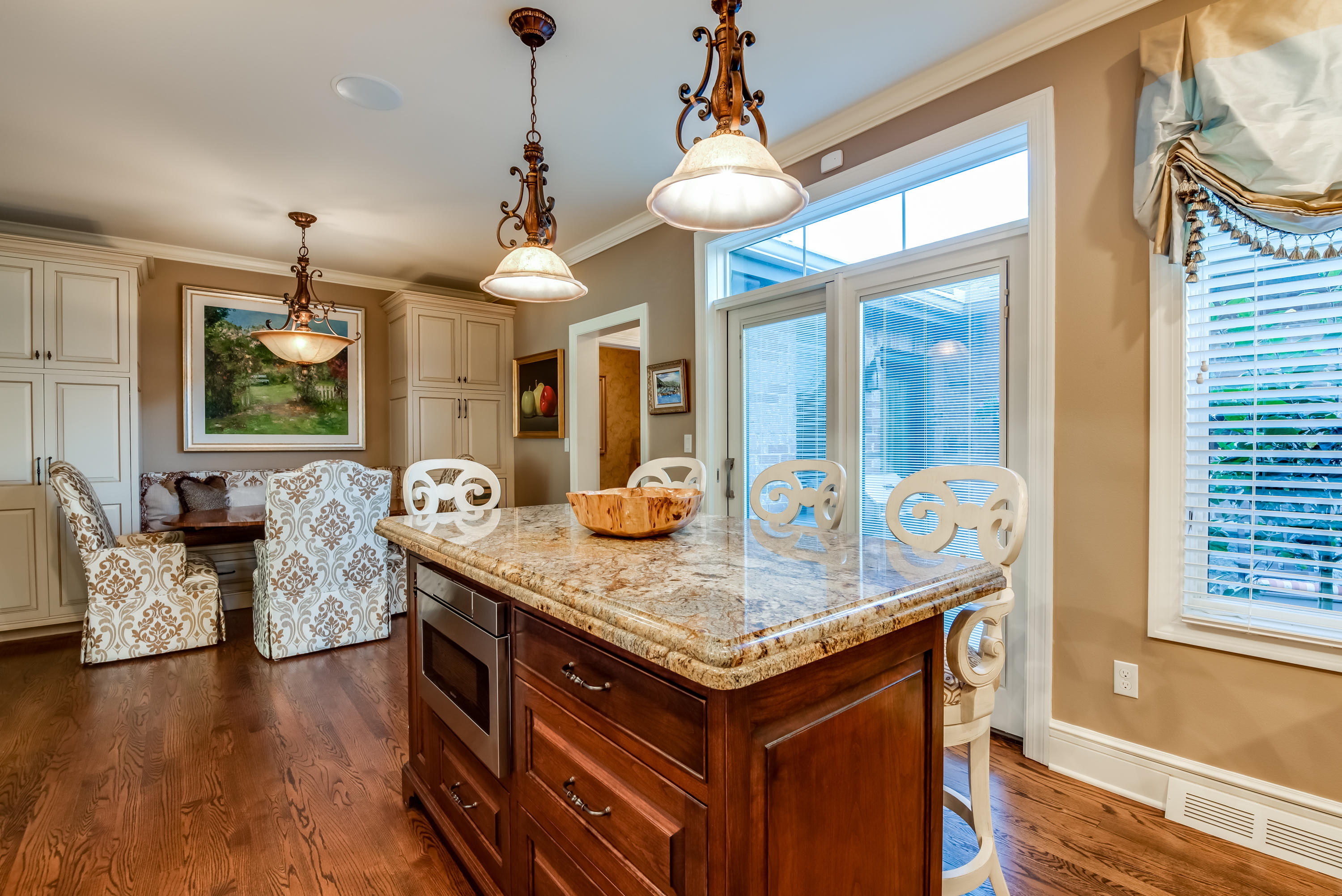 Kitchen Island to Dining Area