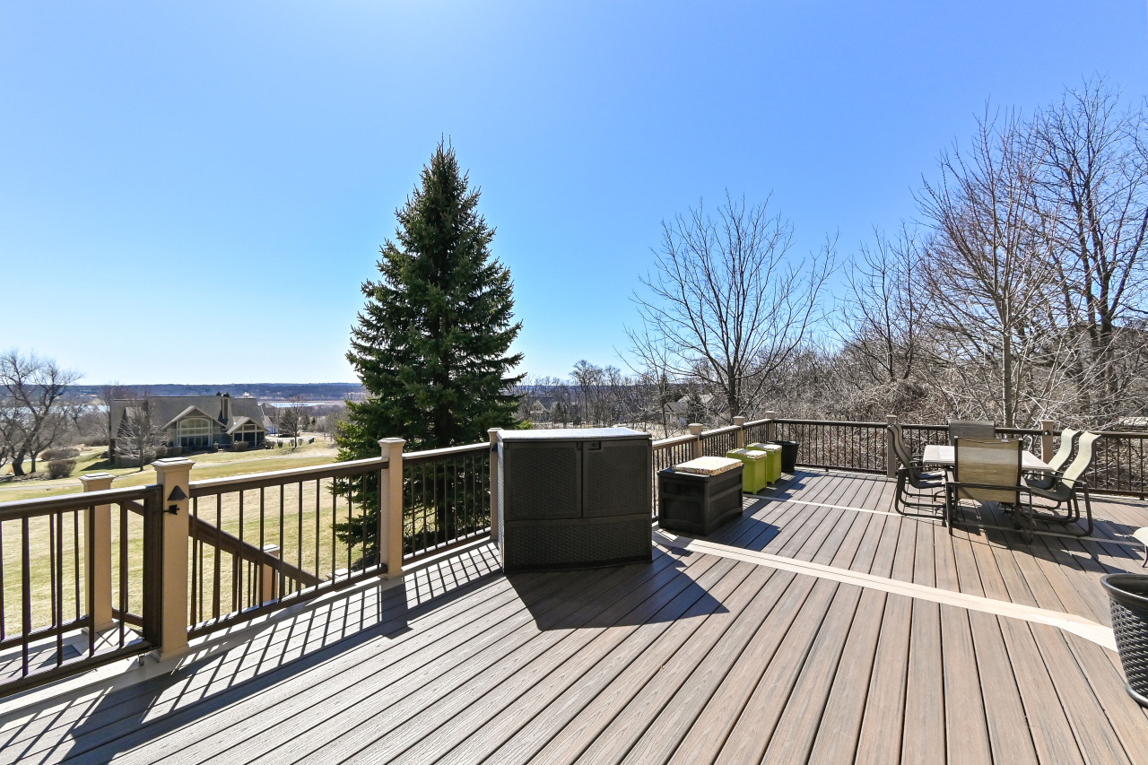 Great deck for entertaining