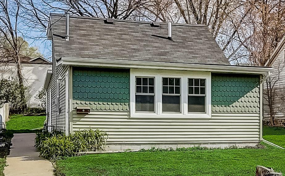 Photo of 111 E Woolcock St, Jefferson, WI 53549