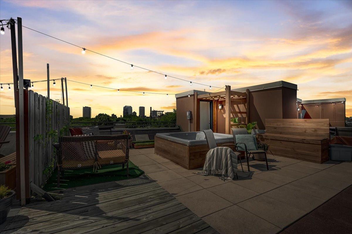 Rooftop - Twilight