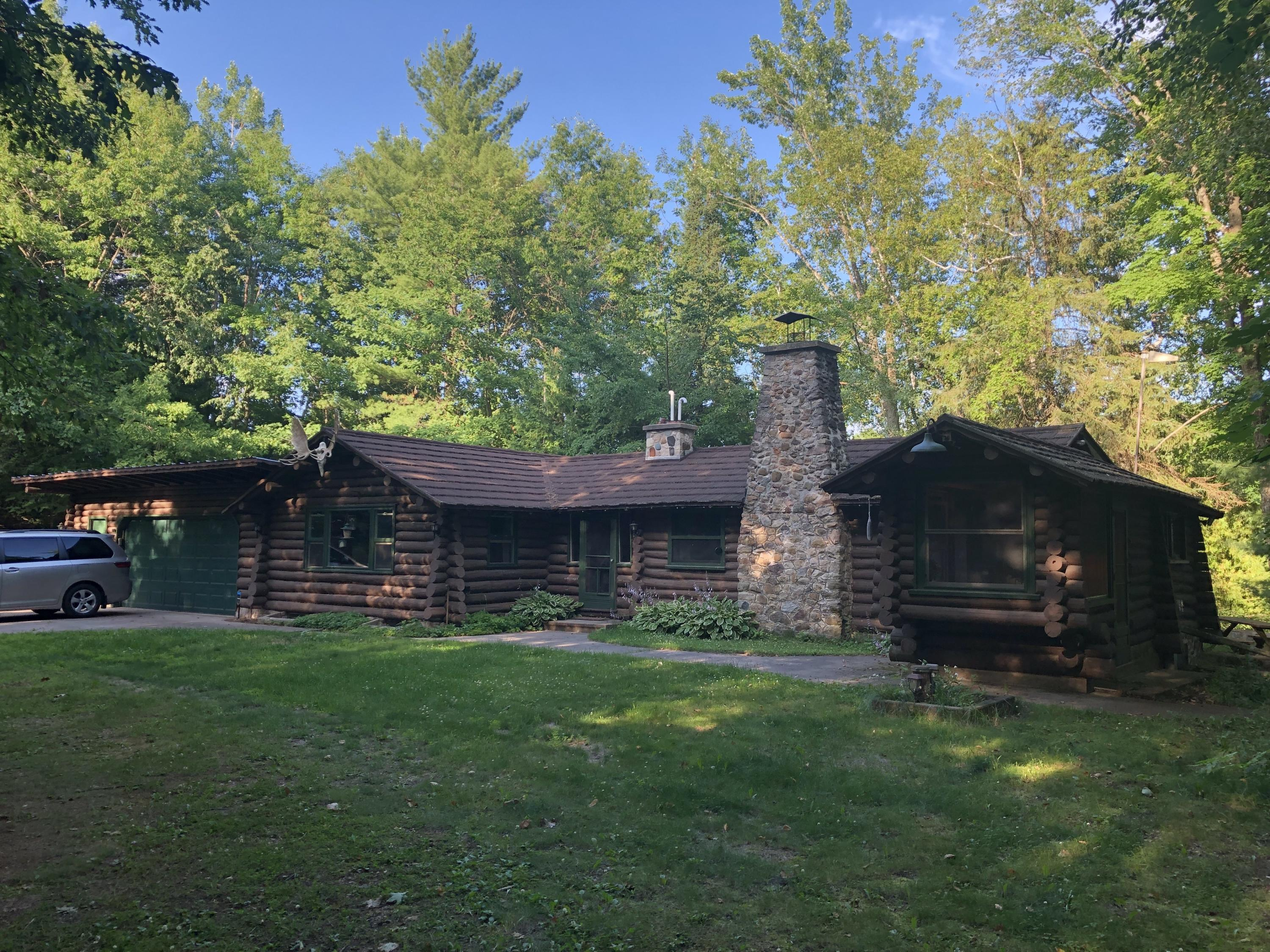 Cabin front R to L