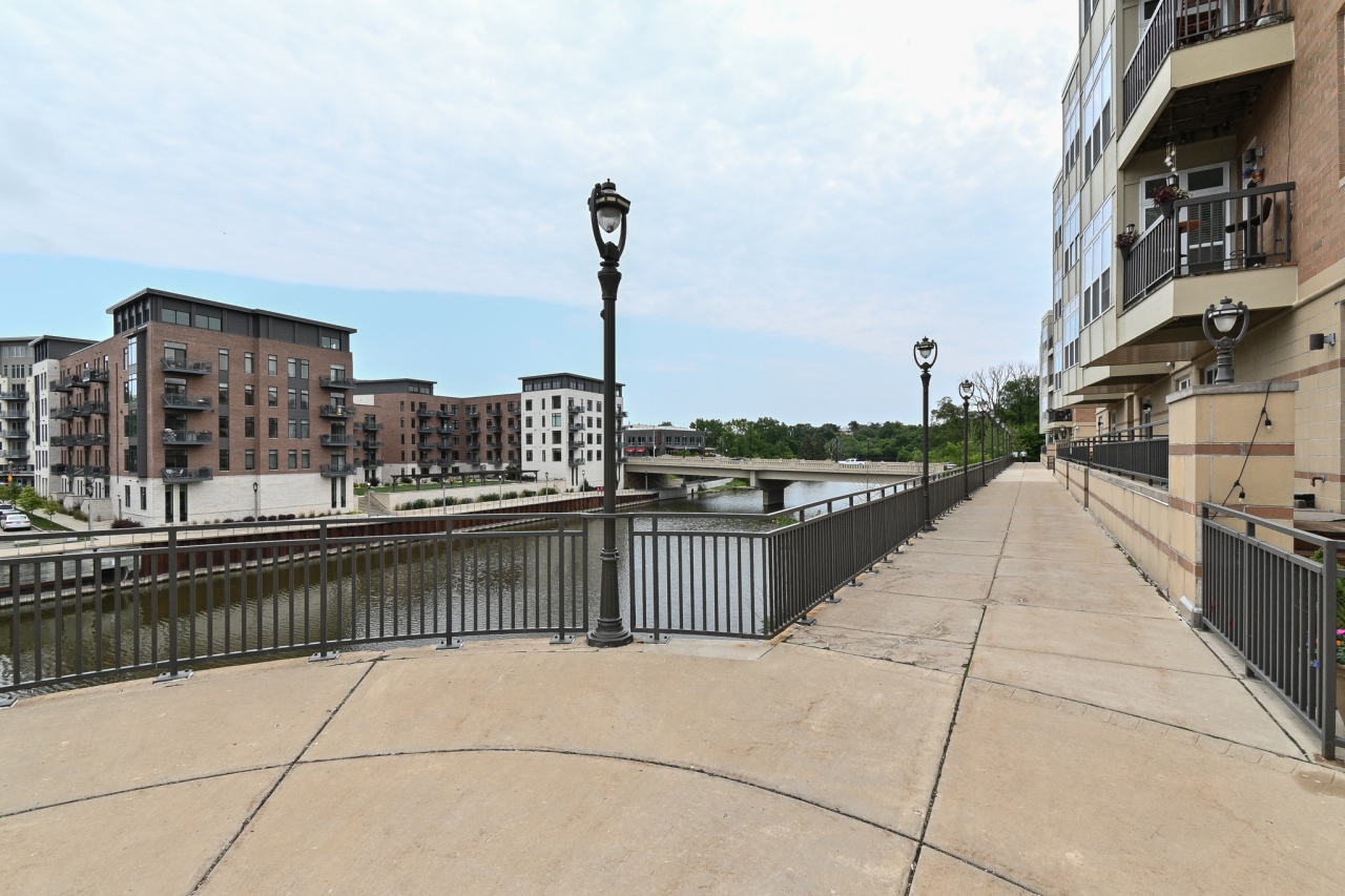 Condo Along Milwaukee River