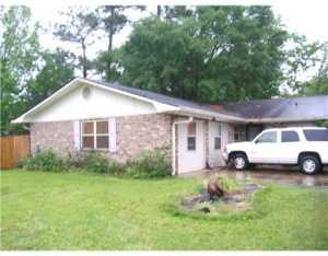 4012 Crestwood Ct, Gautier, MS 39553