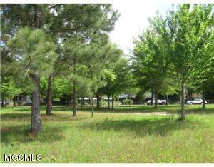 15439 Lanfair Rd, Biloxi, MS 39532