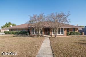 2600 Santa Rosa Cv, Biloxi, MS 39531