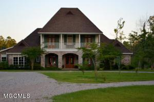 21431 Bob'S Road, Long Beach, MS 39560