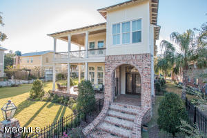 1511 18th Ave, Gulfport, MS 39501