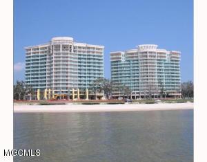 2228 Beach Dr 405, Gulfport, MS 39507