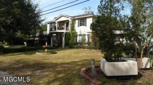 3903 Washington Ave, Pascagoula, MS 39581
