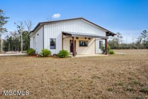 16151 Old Joe Moran Road, Kiln, MS 39556
