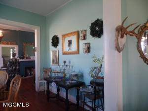 136 Rue Magnolia, Biloxi, MS 39530