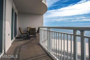 2228 Beach Dr 1106, Gulfport, MS 39507