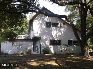 1387 Father Ryan Ave, Biloxi, MS 39530