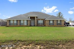 10208 Lake Forest Dr, Vancleave, MS 39565