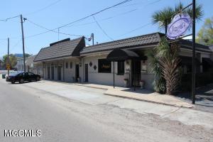 193 Porter Ave, Biloxi, MS 39530