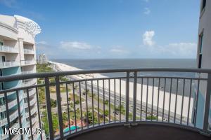 2228 Beach Dr 1301, Gulfport, MS 39507