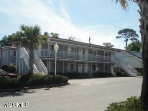 1664 Beach Blvd 39, Biloxi, MS 39531