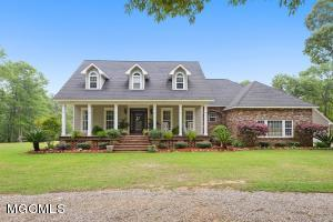 146 Blue Springs Rd, Lucedale, MS 39452