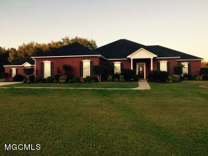 14510 Constitution Rd, Moss Point, MS 39562