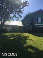 444 Cove Dr, Biloxi, MS 39531