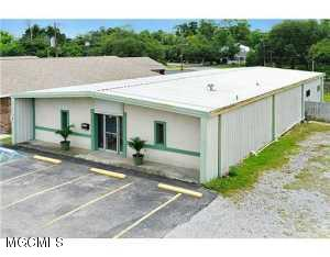 414 Highway 90, Bay St. Louis, MS 39520