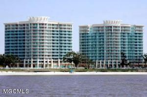 2228 Beach Dr 406, Gulfport, MS 39507