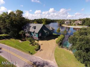 3528 Brandon James Dr, Biloxi, MS 39532
